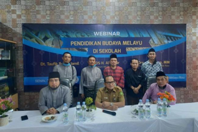 Suatu Keniscayaan, Mulok Budaya Melayu di Sekolah