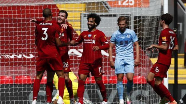 Menang-Kalah, Liverpool Angkat Trofi Juara Liga Inggris