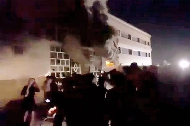 Rumah Sakit di Irak Terbakar, 50 Pasien Covid-19 Tewas