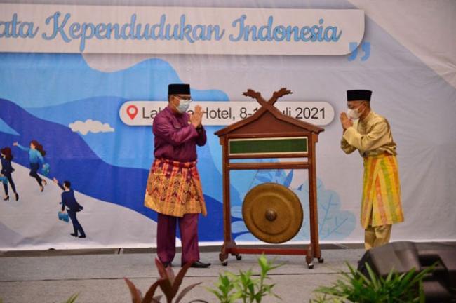 Buka Rakorda BPS se-Riau, Ini Arahan Wagubri