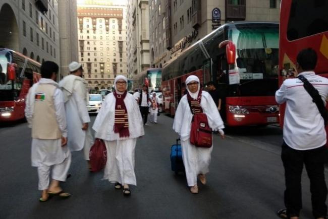 Ribuan Calhaj Embarkasi Batam Masih di Madinah