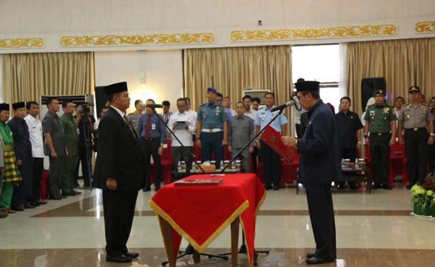 Ahmad Syah Harrofie Resmi Gantikan Ahmad Hijazi Sebagai Pj Sekda