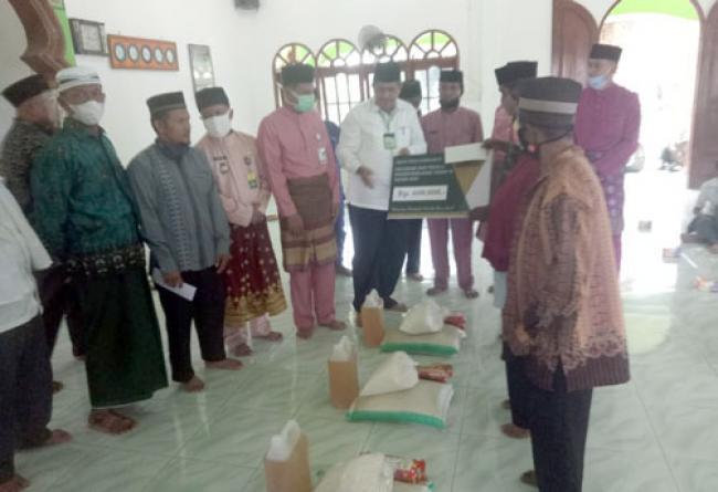 Penyaluran Zakat di Bungaraya Diharapkan Ringankan Beban Masyarakat Terpapar Covid-19