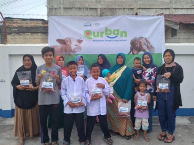 Ratusan Masyarakat Dhuafa di Pekanbaru Telah Rasakan Manfaat Qurban Rumah Yatim