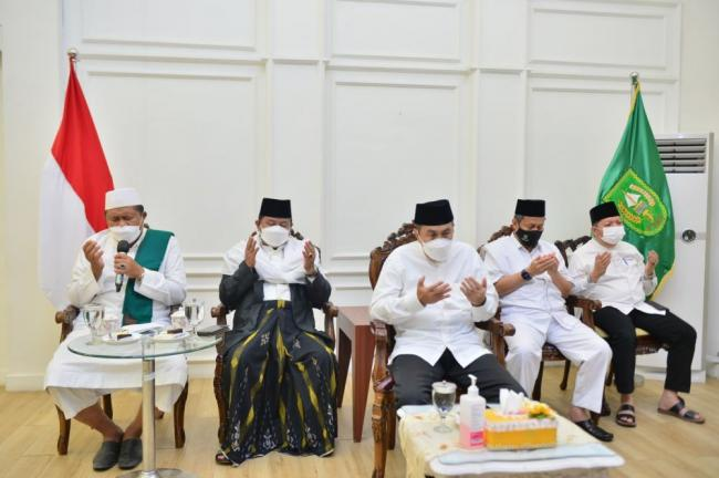 Pemprov Riau Gelar Doa Bersama Syukuran HUT ke-76 RI, HUT ke-64 Riau, Milad ke-46 MUI, dan Tahun Baru Islam 1443 H secara Virtual