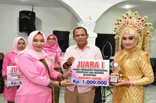 Pagelaran Lomba Tata Rias Pengantin, Lediana Asal Kabupaten Rohil Sabet Juara I