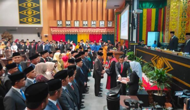 Resmi Dilantik, Ini Nama 45 Anggota DPRD Pekanbaru Periode 2019-2024