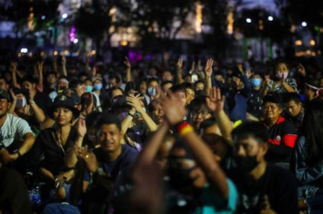 Rakyat Desak Thailand Ubah Negara Jadi Republik