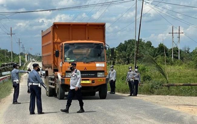 Razia Hari Pertama di Rohil, Dishub Riau Tilang 42 Kendaraan