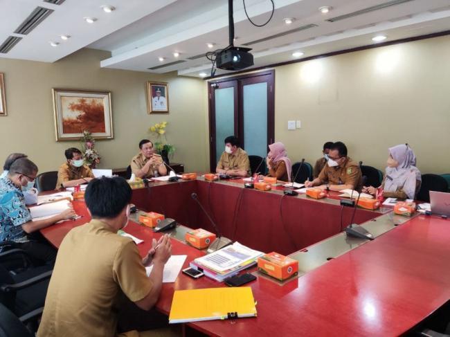 Sekdaprov Riau Pimpin Rakor Dewan Pengawas Bersama Direksi RSUD Arifin Achmad