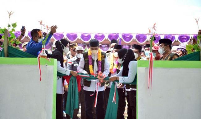 Resmikan Gedung Pendidikan Baznaz, Gubri Harap Jadi Pondok Pesantren Tahfiz Quran