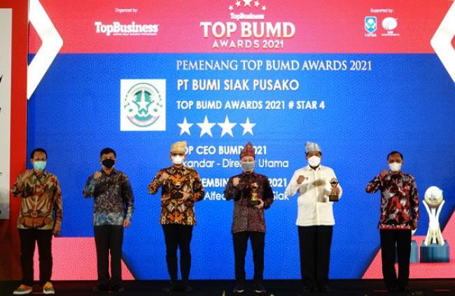 PT BSP Raih Tiga Penghargaan Top BUMD Awards