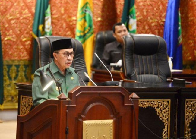Gubernur Riau Sampaikan Ranperda Penambahan Penyertaan Modal Dua BUMD Riau