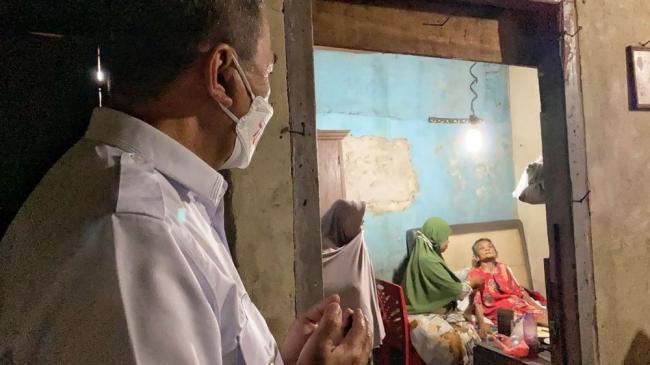 Respon cepat melalui Media Sosial, Masyarakat Kagumi Gubernur Riau
