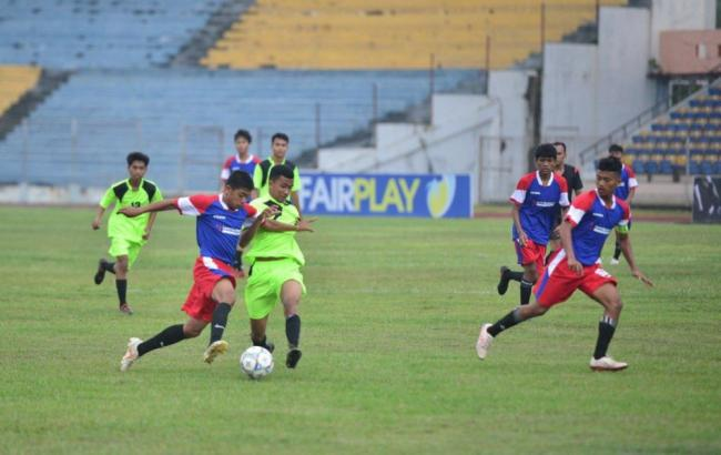 11 Kabupaten Kota Berebut Piala Gubernur Kejurda Sepakbola U16
