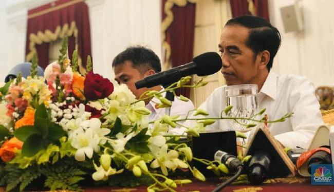 Sudah Temui SBY & Zulhas, Mengapa Jokowi Cuekin PD & PAN?