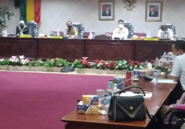 Bahas Covid-19, DPRD Riau Gelar RDP dengan Dinkes dan RS Rujukan