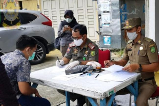 Satpol PP Riau Beri Teguran 25 Tempat Usaha di Jalan Paus