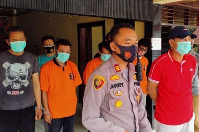 Empat Orang Jadi Tersangka Kasus Penebangan Pohon di Median Jalan Tuanku Tambusai