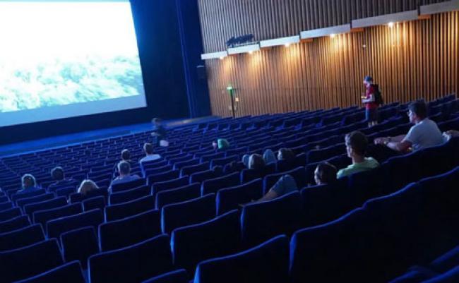 Usai Nonton di Bioskop, Disarankan Isolasi Mandiri 14 Hari