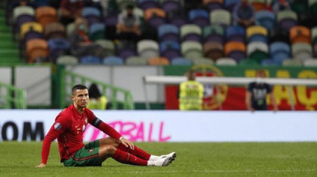 Ronaldo Tak Percaya Positif Corona, Minta Dites Ulang
