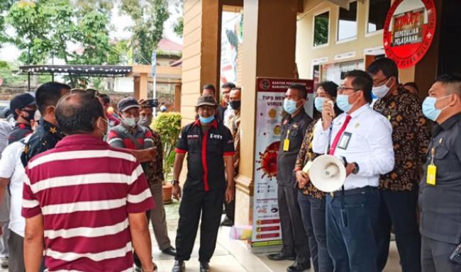 Di Demo Wartawan, Kepala BPN Rohul Minta Maaf
