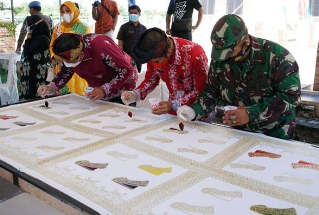 Sempena HUT Siak ke-22, Festival Warna Lestari Tampilkan Batik dan Tenun Khas Melayu