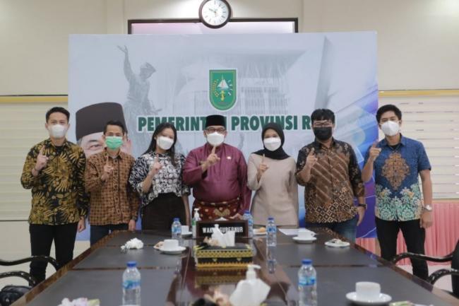 Wakil Gubernur Riau Terima Audiensi Angkatan Muda IKASMANSA Pekanbaru