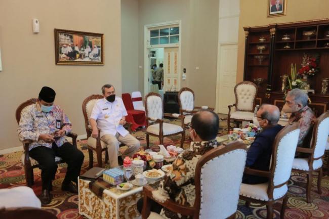 Datang ke Riau, Badan Pengawas Keuangan Haji Tawarkan Kerjasama Ekonomi Syariah