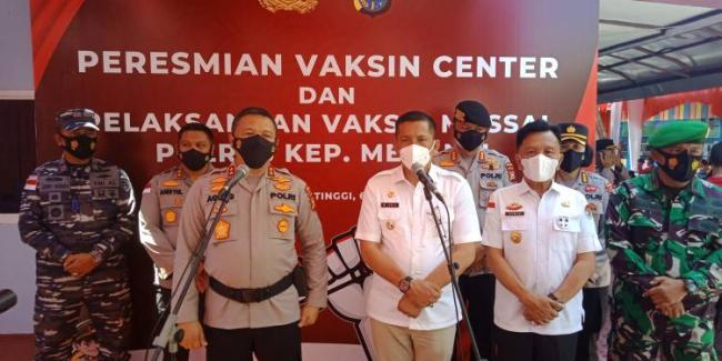Kapolda Riau Resmikan Gedung Vaksin Centre Polres Meranti, Targetkan Vaksinasi 1.000 Masyarakat Perhari