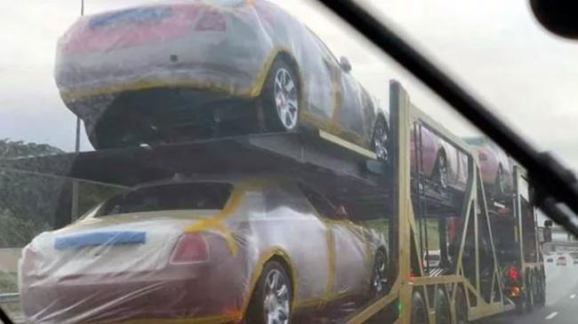 Punya 15 Istri, Raja Afrika Borong 19 Rolls-Royce dan 120 BMW