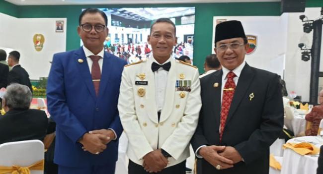 Bupati Suyatno Hadiri Malam Penghargaan Bukit Barisan