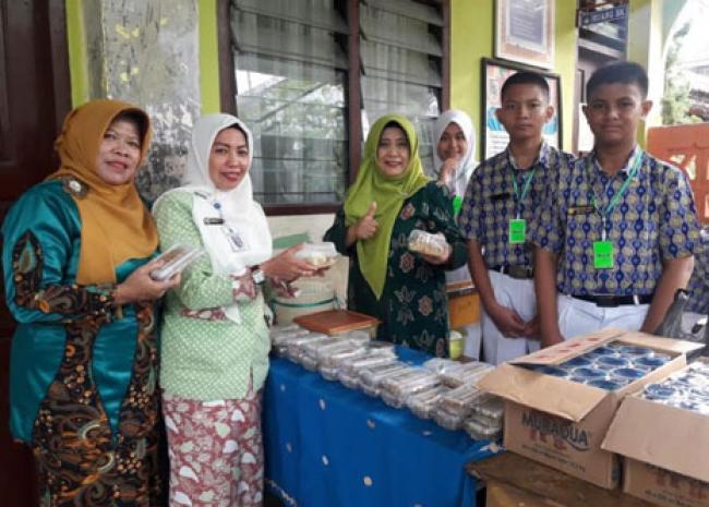 Latih Jiwa Kewirausahaan Siswa, SMPN 16 Pekanbaru Gelar Market Day