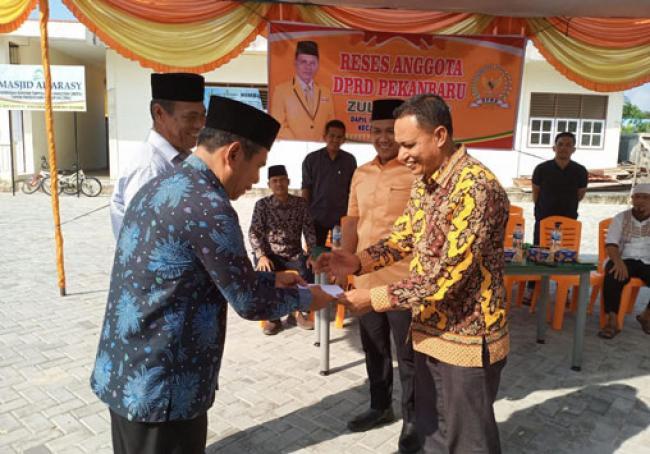 Di Reses Zulfahmi, Warga Masih Keluhkan Lambannya Pengurusan e-KTP