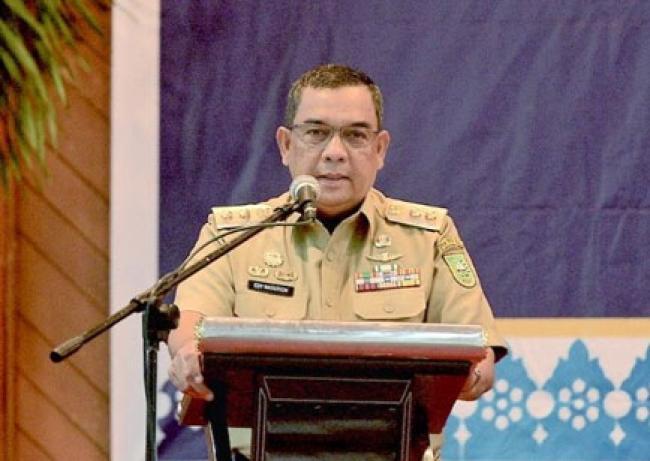 Wagubri Kukuhkan TPAKD Kabupaten Kota se-Provinsi Riau