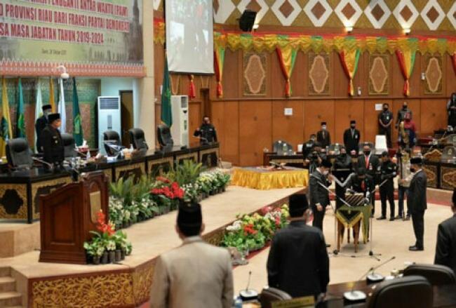 Wagubri Hadiri PAW Anggota DPRD Provinsi Riau Sisa Masa Jabatan 2019-2024