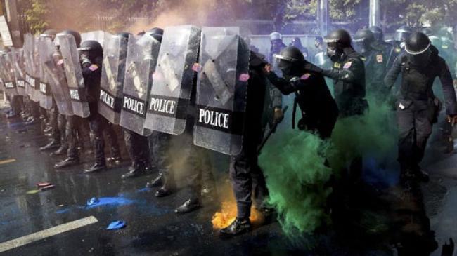Demo Thailand Rusuh Lagi, Polisi Tembakkan Gas Air Mata