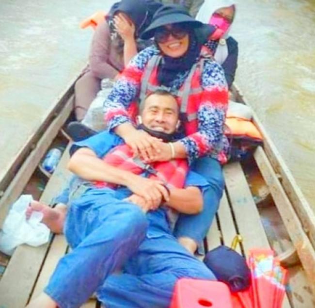 Subayang Dirindu Sayang, Gubri Berbaring di Pangkuan Misnarni