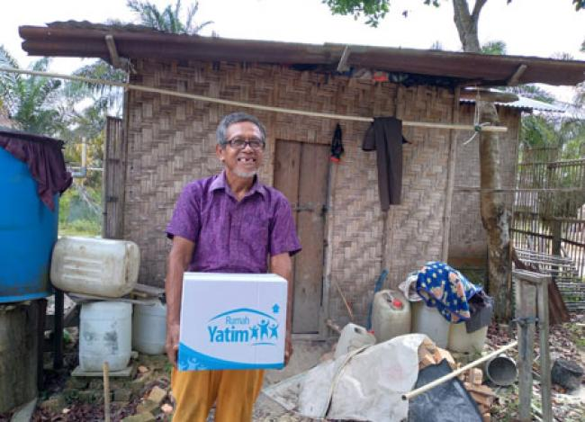 Gatot, Lansia Riau yang Sempat 7 Bulan Tak Makan Nasi, Kembali Terima Bantuan Rumah Yatim