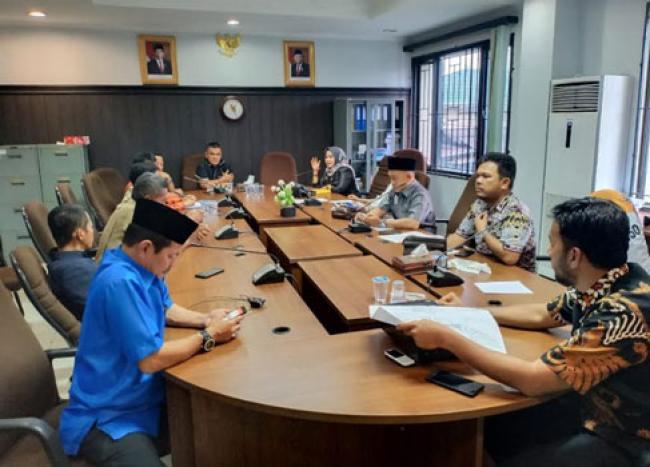 Warga Ngadu ke Komisi I, Pembangunan Pasar Induk Dibilang Bikin Banjir