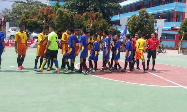 12 Sekolah Berlaga di Turnamen Futsal SMK Telkom Pekanbaru Cup 2019
