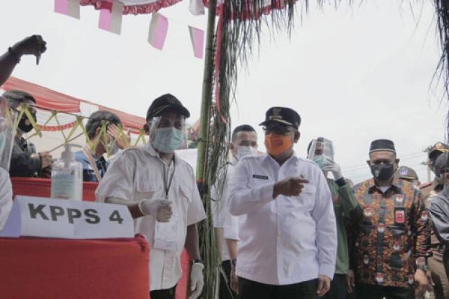 Usai Tinjau TPS di Rohul, Wagubri Bersama Forkopimda Riau Tinjau TPS di Kota Dumai