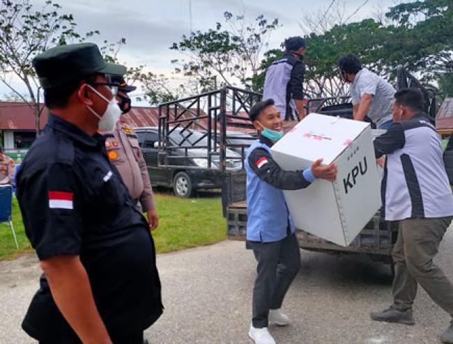 Sedikit Masalah, Bawaslu Apresiasi KPU Se Riau, Pelaksanaan Pilkada Tahun ini Lebih Baik